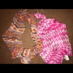 2 beautiful festive fall spring scarves bundle !